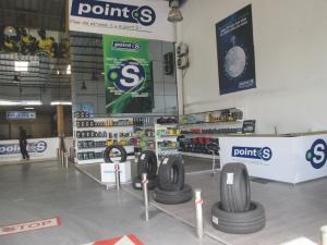 Casablanca: Un centre Point S offrant un service complet adapté aux besoins des clients