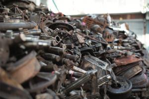 Pièces de rechange : Comment les MRE font le business des ferrailleurs de Casablanca…